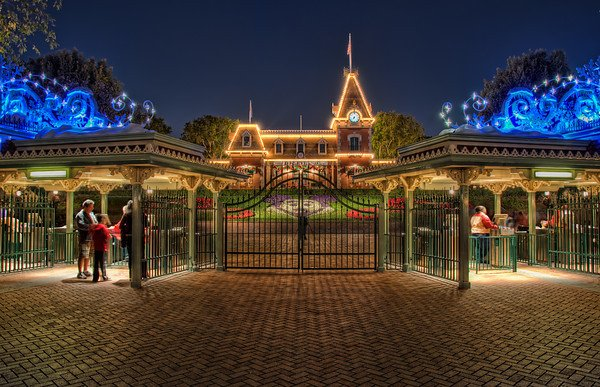 disneyland-without-a-car